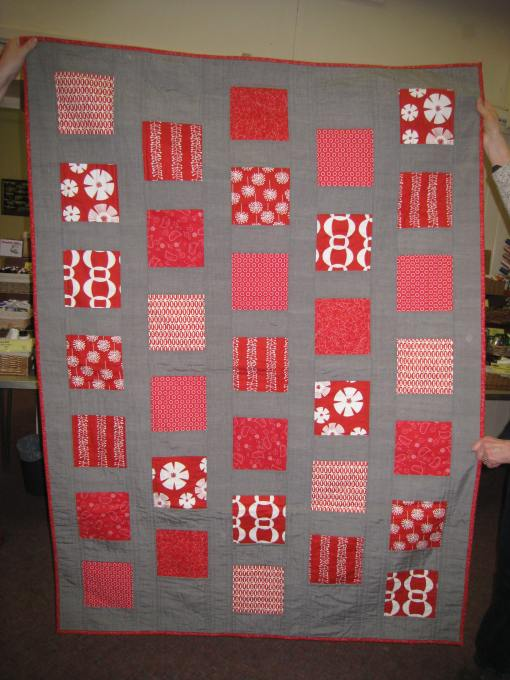 Sue's red and grey quilt